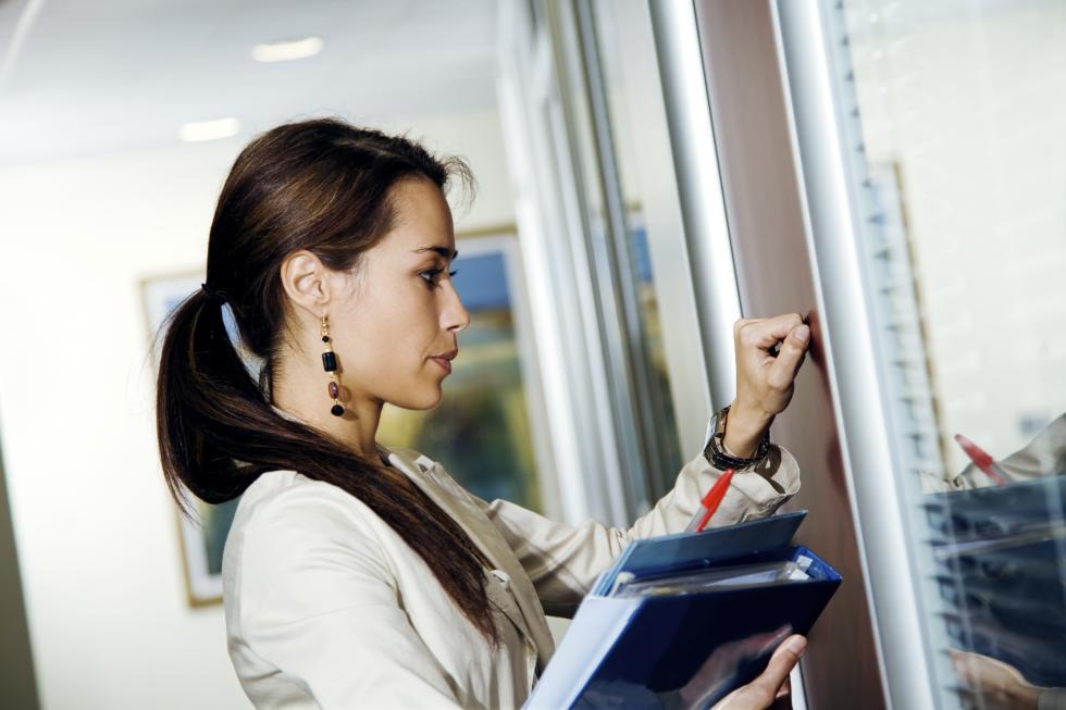 Dlaczego banki stawiają na młodych klientów?