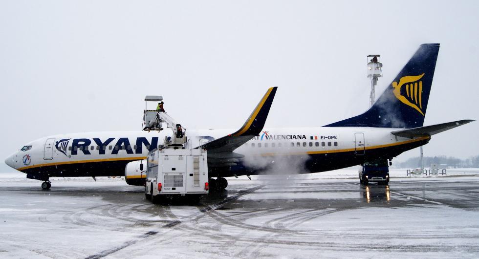 Na wrocławskim lotnisku płyta doodladzania samolotów jeszcze większa